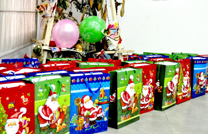 "Children with disabilities received New Year presents from ""Aversi"""